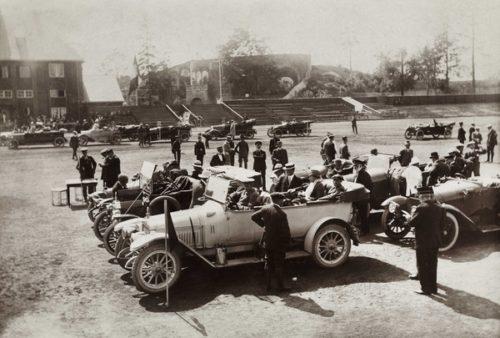 Billøp anno 1914 på Frogner stadion i Kristiania. Foto: Oslo Museum/Thorkel Thorkelsen
