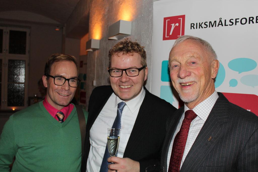 Paul Morgan Borgundvaag Vinje og Bjørgulv Vinje Borgundvaag med æresmedlem Tor Guttu.