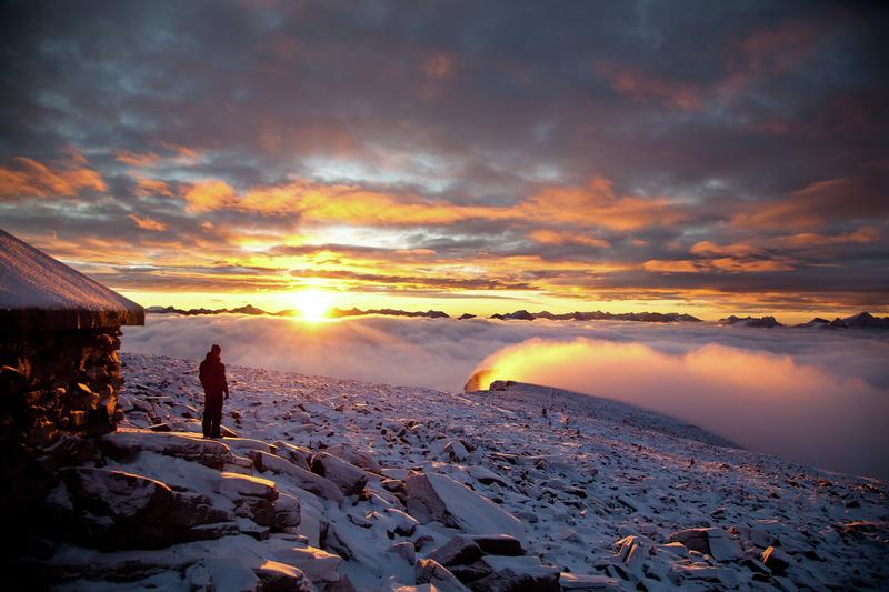 Sunrise-at-Fanaraken-Jotunheimen-012016-99-0044_800