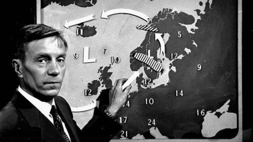 """Meteorolog Sigurd Smebye fikk sparken fra NRK som værmelder fordi han snakket riksmål. Smebye – populært kalt """"Snebye"""" – fikk massiv støtte, men måtte gå til rettssak for å komme tilbake. Og den vant han."""